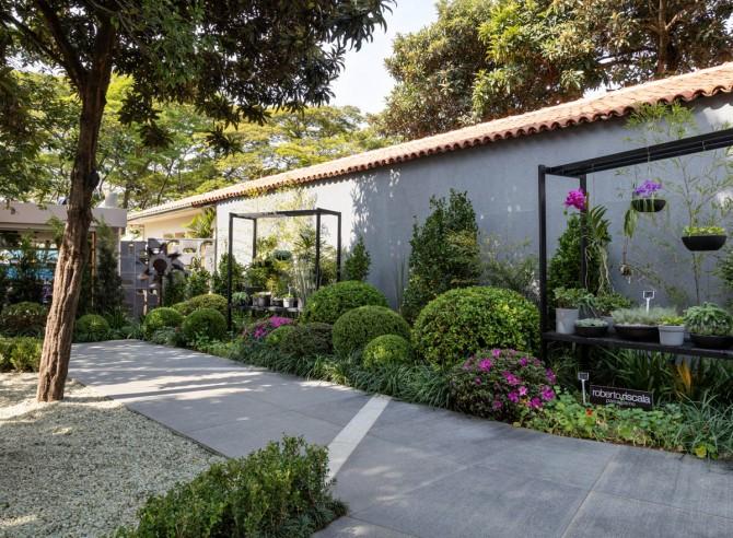 Espaço Jardim das Casas com linhas Solo Levigato e Cobogó Leno na Casa Cor São Paulo 2018